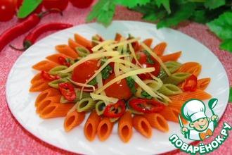 Рецепт: Мецце Пенне Триколор с острым соусом