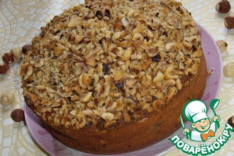 Рецепт: Пирог с черносливом и фундуком
