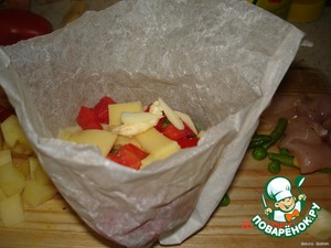 To make paper bags.  Put all the foods in turn, divided into equal portions.  Leave the top piece of butter and twirl the bag.