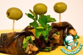 Рецепт: Карамельные рулетики из баклажана с грибами и фасолью