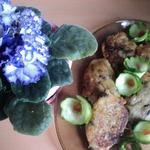 Картофельные оладьи с фасолью и грибами