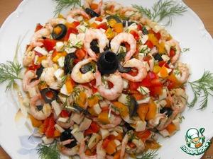 Укроп помыть, обсушить и мелко нарезать.    Все продукты соединить и хорошо перемешать. Салат посыпать рубленой зеленью и заправить оливковым маслом.   Приятного аппетита!