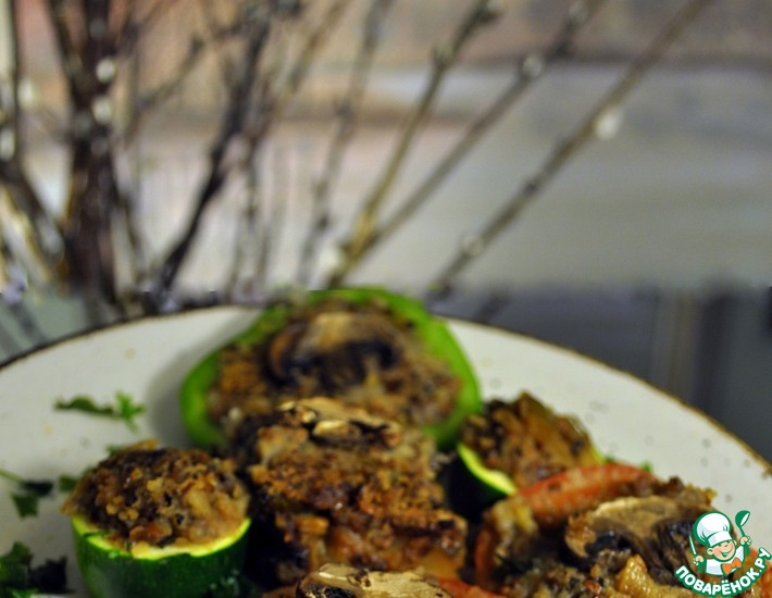 Рецепт: Овощи, фаршированные гречкой и грибами