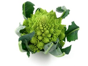 Romanesco:  Its nourishing properties romanesco is similar to cauliflower and broccoli, but it contains more carotene and mineral salts and less fibre. Is a rich source of vitamin C., broccoli romanesco can be prepared like cauliflower, but it is easier to digest.  From:http://www.romanesko.bonduellerussia.ru/  Photo:http://www.lady.ru/vkusno/Необычные-съудобности/Капуста-Романеско