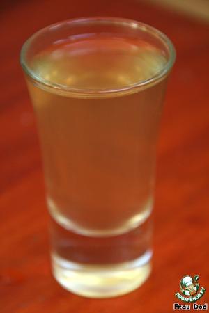 Разлить по стаканчикам, оставить в холодном месте на 1 час до застывания.