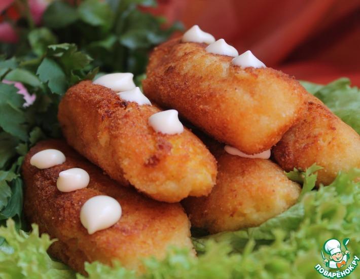 Рецепт: Картофельные колбаски с творогом и манкой