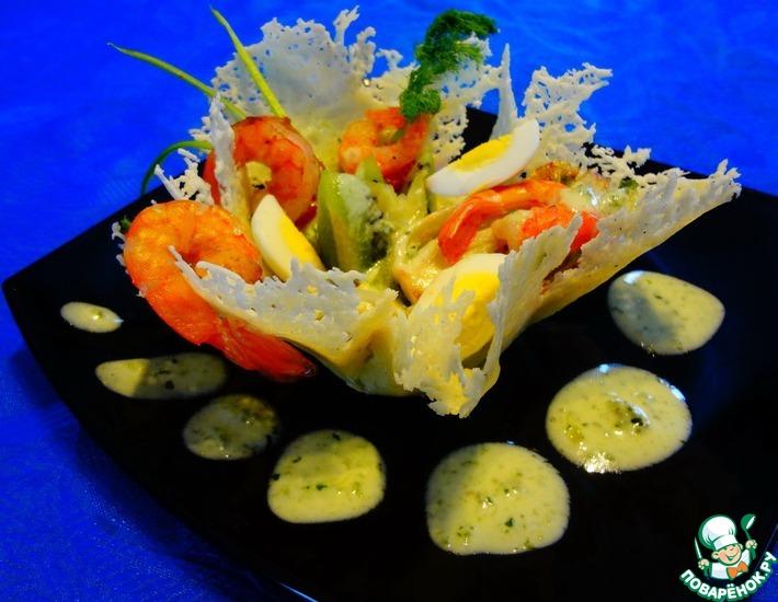 Рецепт: Пармеджановая тарелочка с креветками