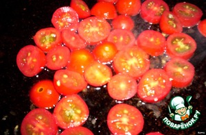tomatoes chopped and fry in sunflower oil,salt