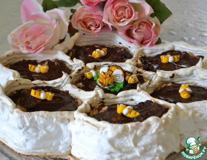 Рецепт: Торт-безе Соты