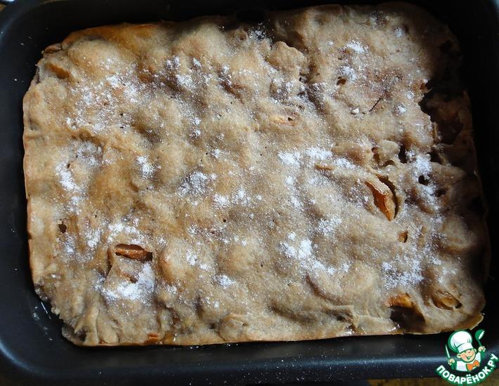Рецепт: Ржано-пшеничный пирог с яблоками