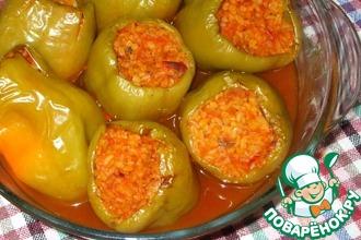 Рецепт: Перец, фаршированный булгуром с овощами