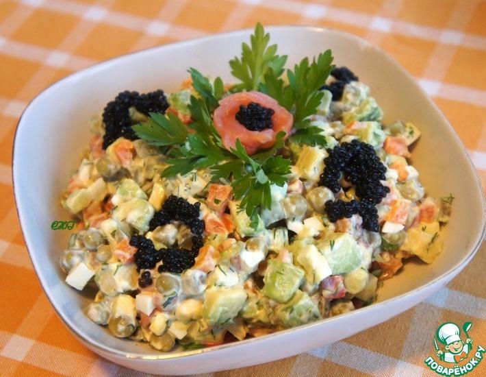 Рецепт: Салат Оливье с семгой
