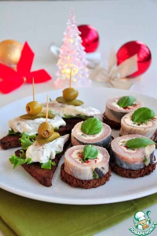 Рулет из сельди с зеленью – кулинарный рецепт