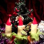 Новогодние свечи для фуршетного стола