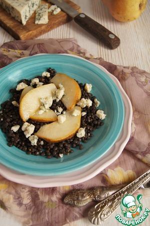 Рецепт Чечевичный салат с грушами и голубым сыром
