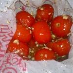 Соленые помидоры быстрые в пакете