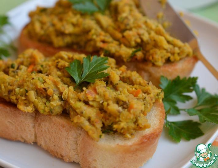 Рецепт: Паштет из чечевицы с грибами и фисташками