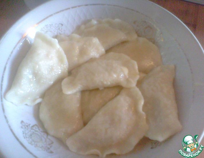 Рецепт: Заварное тесто для вареников и пельменей