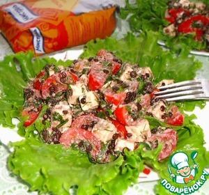Рецепт Салат из чечевицы, помидоров, брынзы, зелени с ореховой заправкой