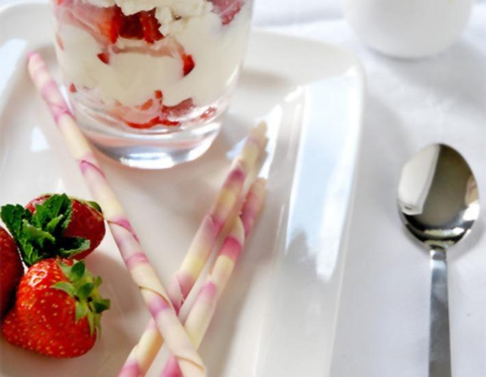 Рецепт: Десерт Итонская мешанина