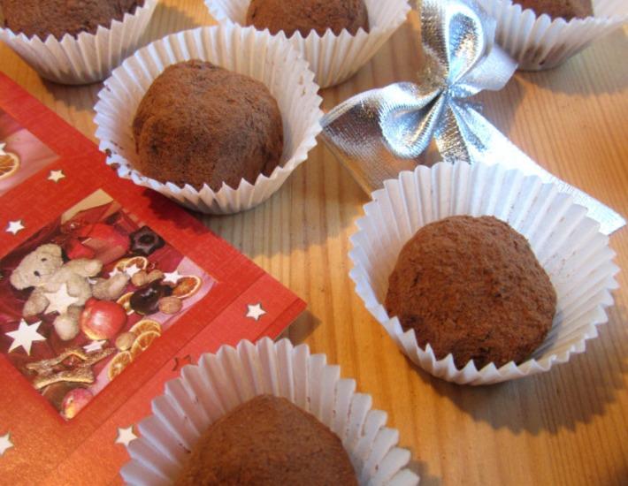 """Рецепт: Десертные конфеты """"Домашние трюфели с фундуком"""""""