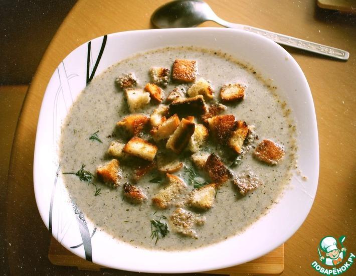Рецепт: Крем-суп пюре из шампиньонов на сливках