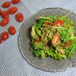 Салат чечевичный с чатни из манго