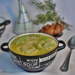 Суп из зелёного горошка с тортеллони