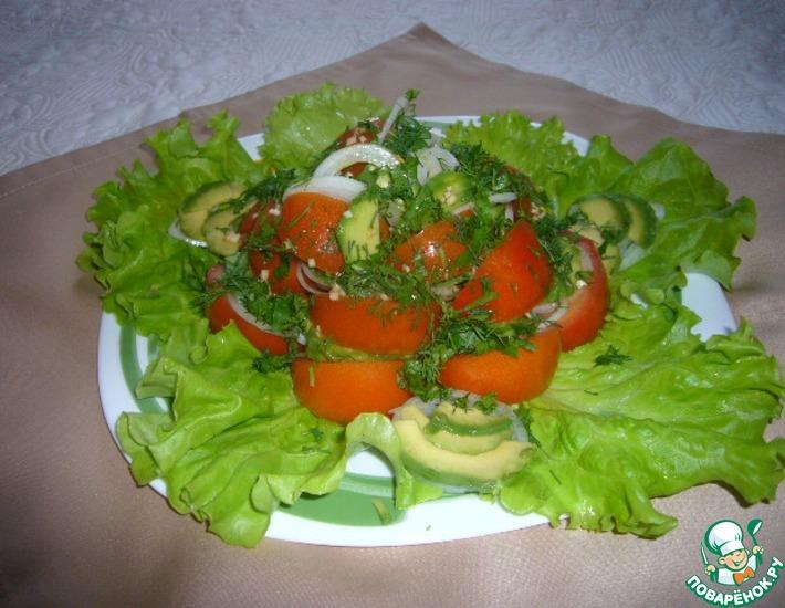 Рецепт: Авокадо и помидоры с кайенским перцем