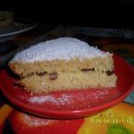 Бисквит на манке с курагой, изюмом и кокосовой стружкой