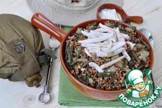 Рецепт: Гречка по-камчатски с папоротником и кальмарами