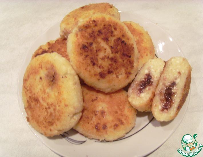 Рецепт: Сырнички с начинкой