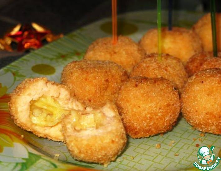 Рецепт: Хрустящие рыбные шарики с сыром
