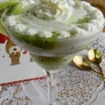 Десерт Ромовая баба с киви