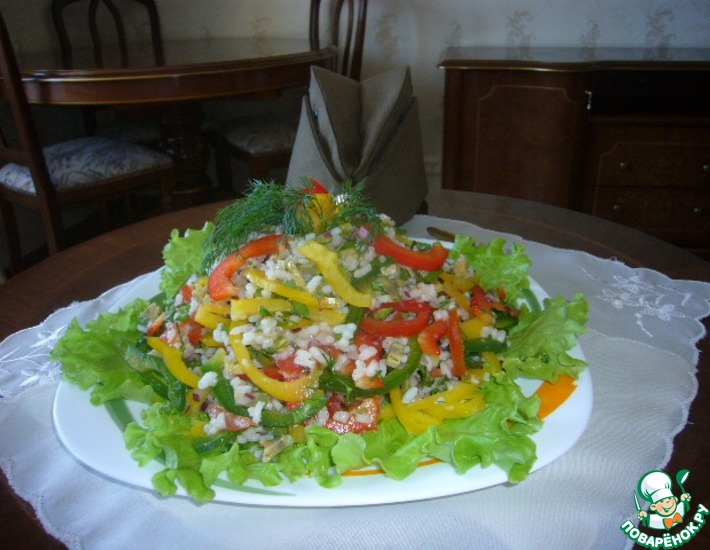 Рецепт: Салат рисовый с перцем