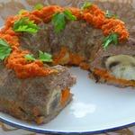Мясное кольцо с грибами и рисом