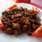 Печень куриная в сметанно-томатном соусе