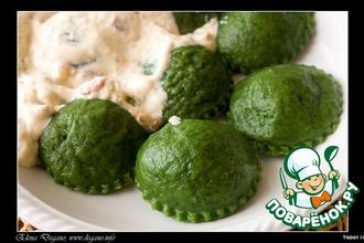 Рецепт: Равиоли с грибами и сыром