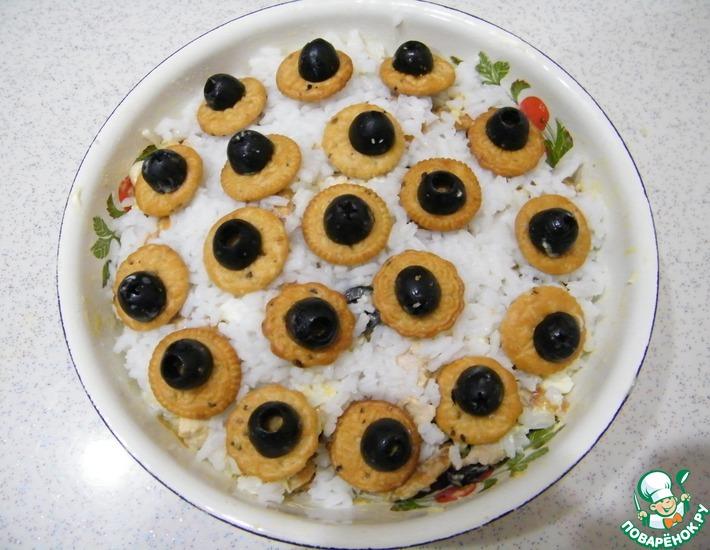 Рецепт: Салат Великолепный с солёным крекером