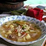 Суп из свинины с зеленой гречкой и томатами