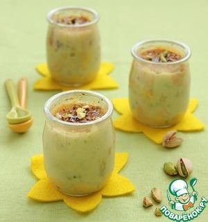 Рецепт Десерт с семолиной, фисташками и курагой