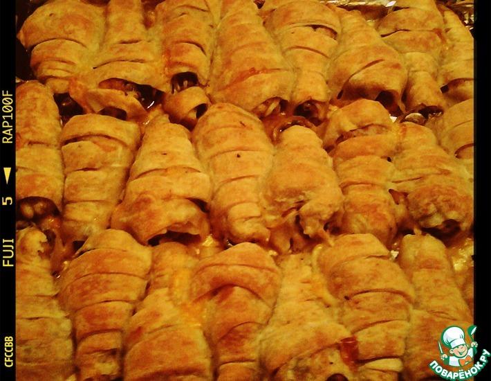 Рецепт: Куриные голени в слоеном тесте