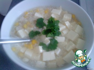 At the end in a separate bowl beat 1 egg and slowly pour it into the boiling soup and mix well. Let cook for another 5 minutes and the soup is ready. Bon appetit!