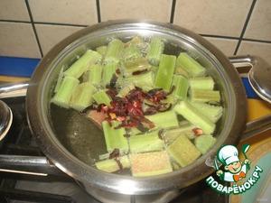 Компот из ревеня – кулинарный рецепт