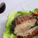 Мясо в винном маринаде, запеченное в духовке