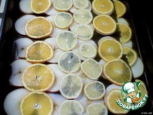 на него лимоны и апельсины.