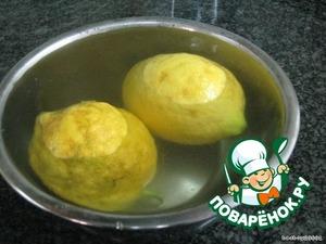 Сам процесс :   1. Тесто разморозить   2. Изюм залить коньяком или кипятком   3. Лимоны обязательно помыть и ошпарить кипятком