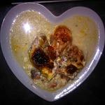 Сёмга, запечённая с креветками в сливочном соусе