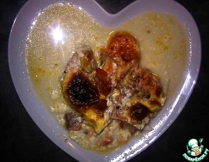 Рецепт: Сёмга, запечённая с креветками в сливочном соусе