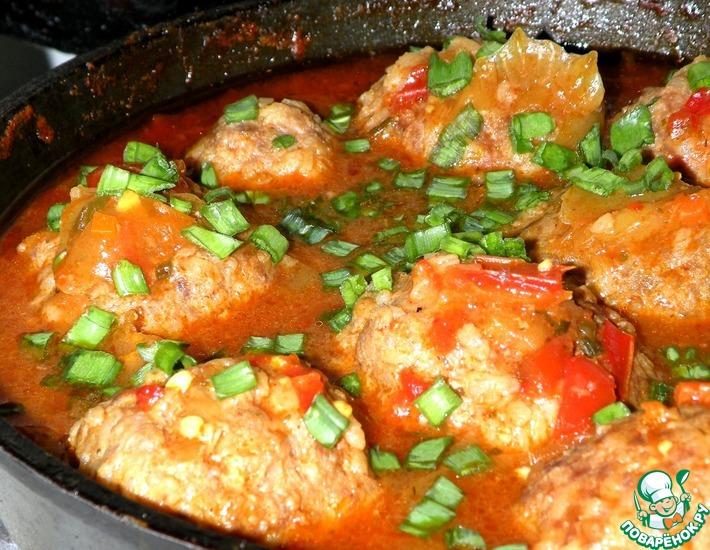 Рецепт: Тефтели в соусе из сладкого перца